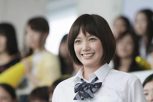 Tsubasa Honda sebagai Serizawa Akari