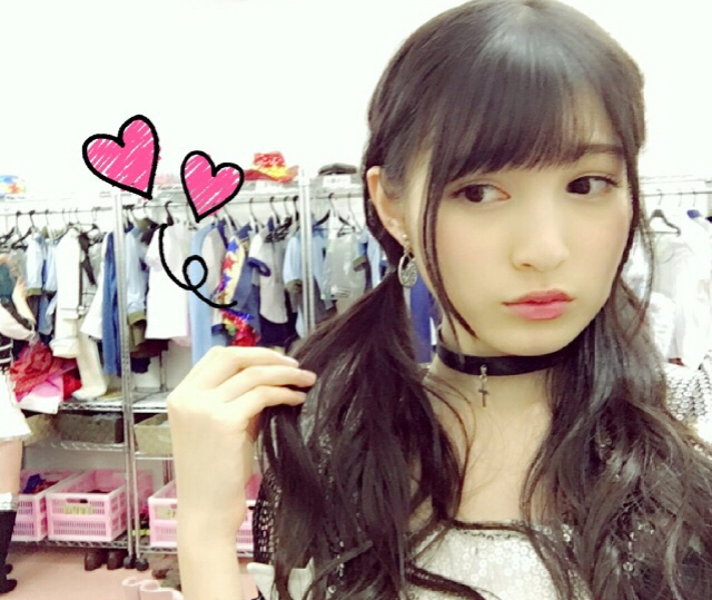 Country Twintail, model Kojina Yui
